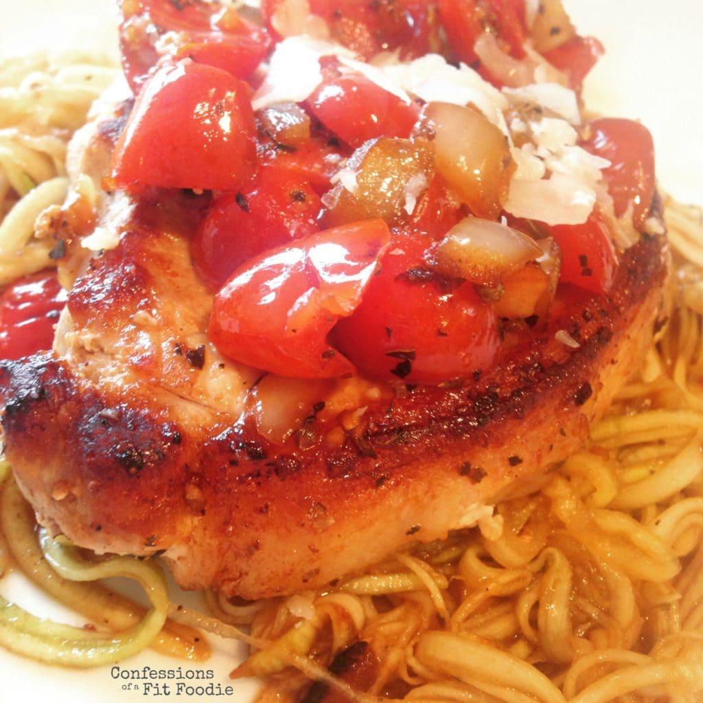 21 Day Fix Italian Pork Chops   Recipe on ConfessionsOfAFitFoodie.com