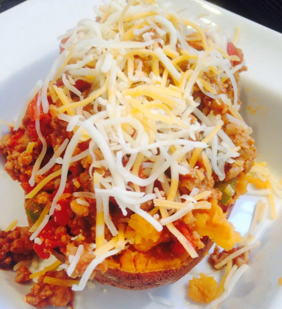 Sloppy Joe Stuffed Sweet Potatoes {21 Day Fix}