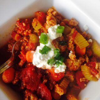 Buffalo Chicken Chili - a 21 Day Fix approved recipe from Confessions of a Fit Foodie