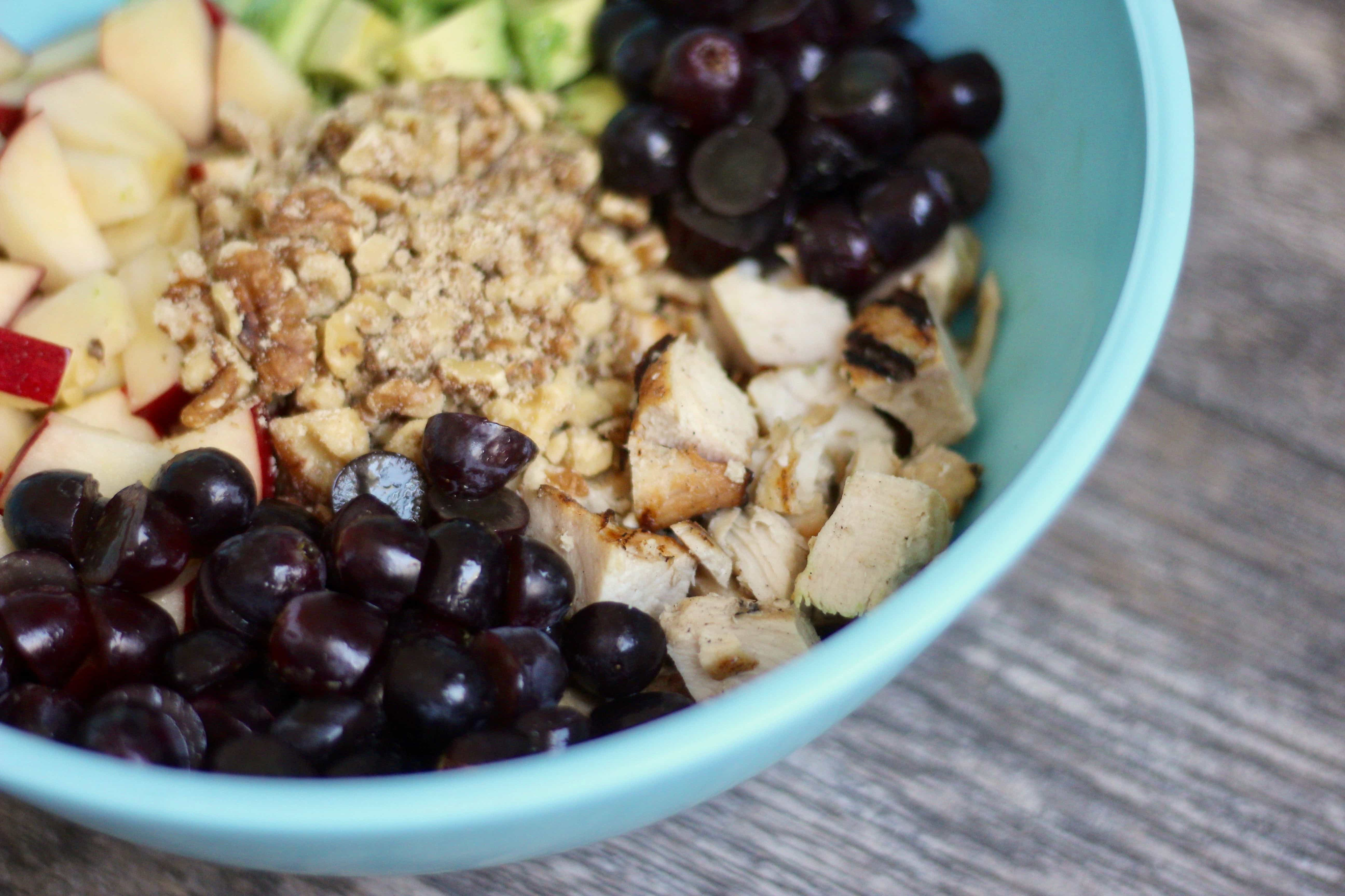 21 Day Fix Avocado Chicken Salad | Confessions of a Fit Foodie This Avocado Chicken Salad is a quick and easy, clean and healthy, 21 Day Fix approved meal. No mayo is in this salad, just avocado, walnuts, grapes, and apples.