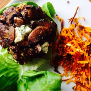 Blue Cheese Burgers - a 21 Day Fix approved recipe for indoor or outdoor grilling. Recipe on Confessions of a Fit Foodie