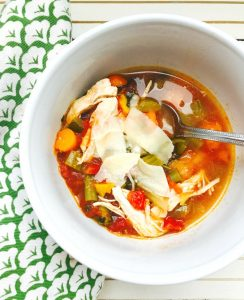 21 Day Fix Easy Chicken and Veggie Soup   Confessions of a Fit Foodie