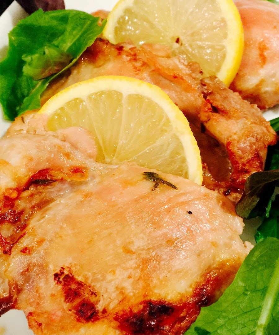 Baked lemon garlic chicken 21 day fix confessions of a fit foodie baked lemon garlic chicken thighs 21 day fix recipe on confessionsofafitfoodie forumfinder Image collections