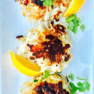 21 Day Fix Jumbo Lump Crab Cakes {Gluten-free}