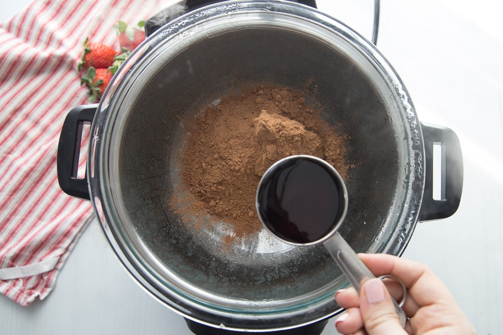 Making chocolate from cocoa powder in an Instant Pot double boiler