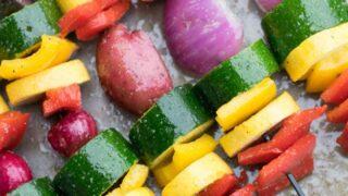 Rainbow Veggie Kabobs (with Weight Watchers Points) | Carrie Elle